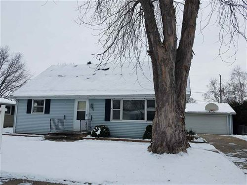 Photo of 300 S MIDPARK Drive, APPLETON, WI 54915 (MLS # 50214011)
