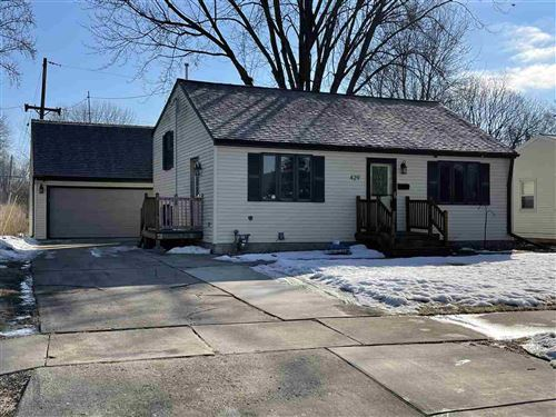 Photo of 429 SUBURBAN Drive, DE PERE, WI 54115 (MLS # 50236017)