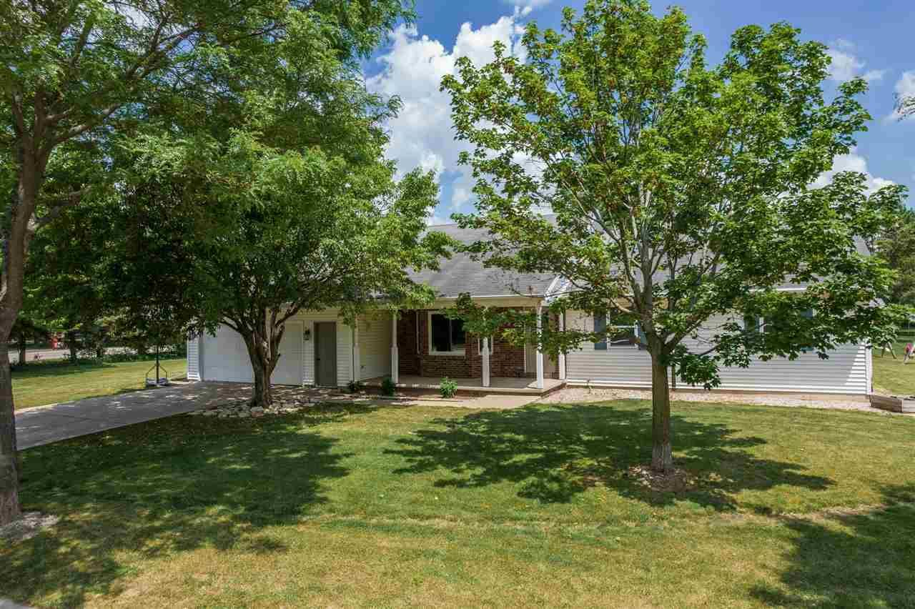 101 OMBRE ROSE Court, Combined Locks, WI 54113 - MLS#: 50242018