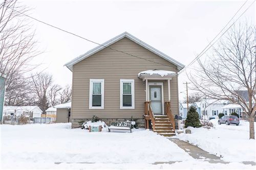 Photo of 701 CEAPE Avenue, OSHKOSH, WI 54901 (MLS # 50236021)