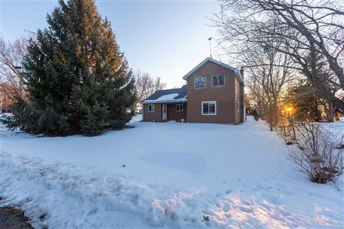Photo of 2739 QUINCY Street, OMRO, WI 54980 (MLS # 50236022)