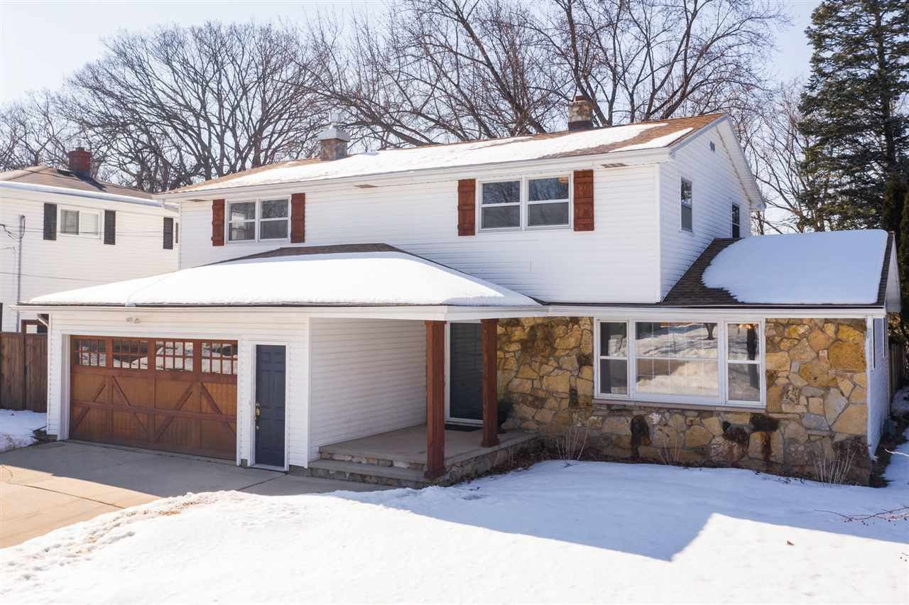 124 E CRESTVIEW Drive, Appleton, WI 54915 - MLS#: 50236024