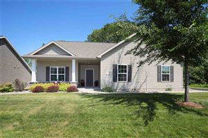 Photo of 1604 COPPERSTONE Place, NEENAH, WI 54956 (MLS # 50207026)