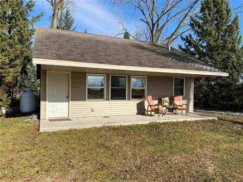 Photo of N4306 HWY M, NEW LONDON, WI 54961 (MLS # 50232034)