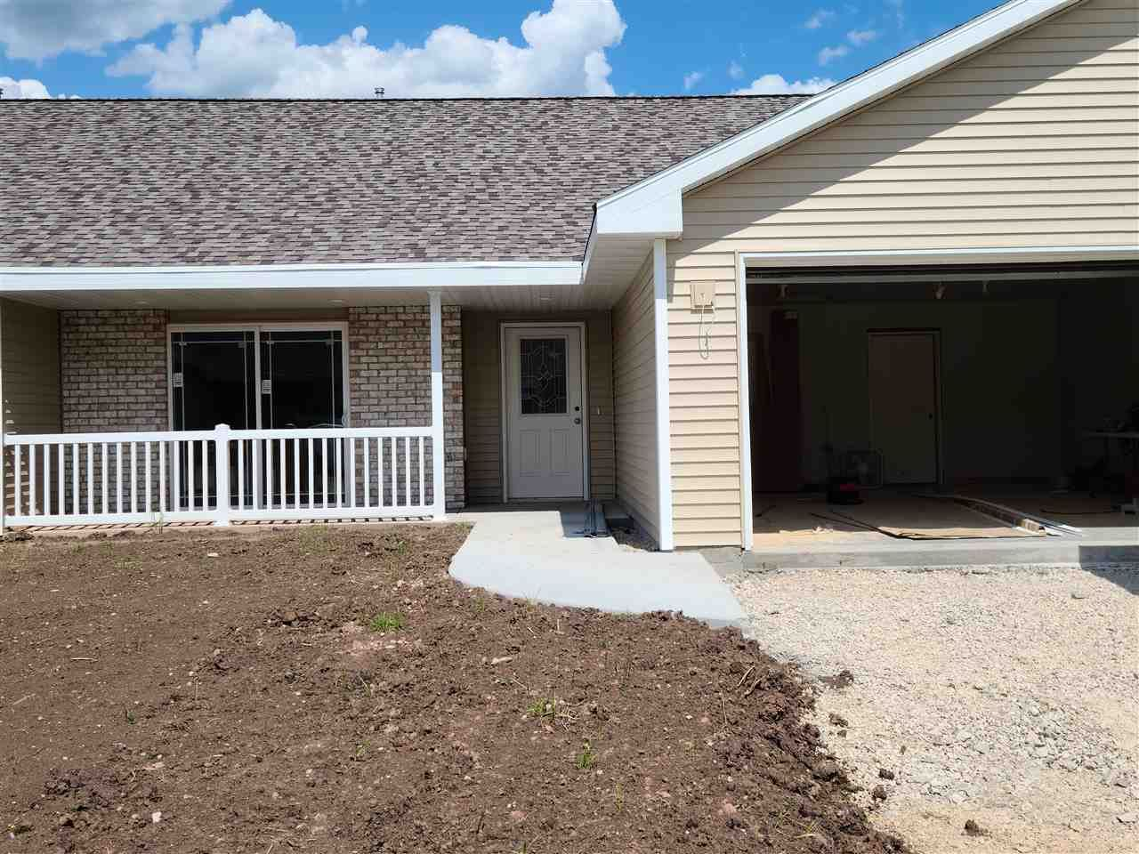 100 STONE CASTLE Drive, Fond du Lac, WI 54935 - MLS#: 50227035