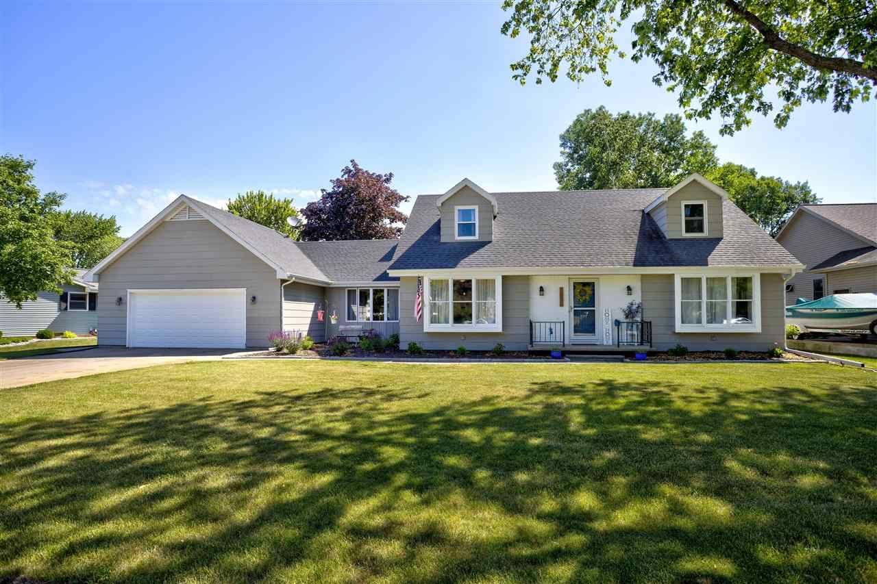 1230 CAMDEN Lane, Oshkosh, WI 54904 - MLS#: 50242038