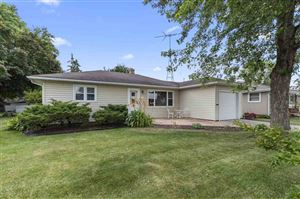 Photo of 124 ANDREW Avenue, NEENAH, WI 54956 (MLS # 50207044)