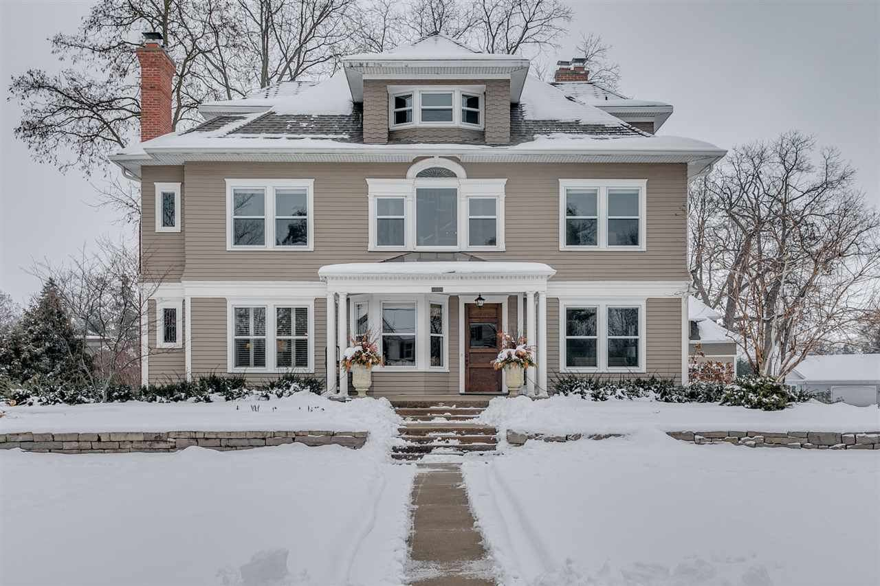 325 9TH Street, Neenah, WI 54956 - MLS#: 50235045