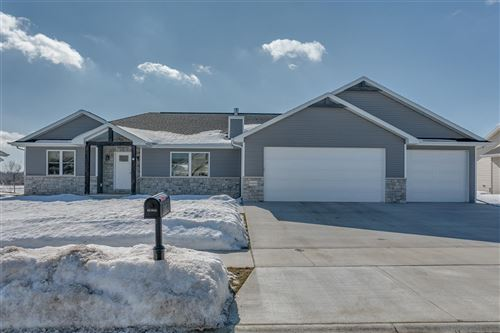 Photo of W6063 ZACH Street, MENASHA, WI 54952 (MLS # 50236046)
