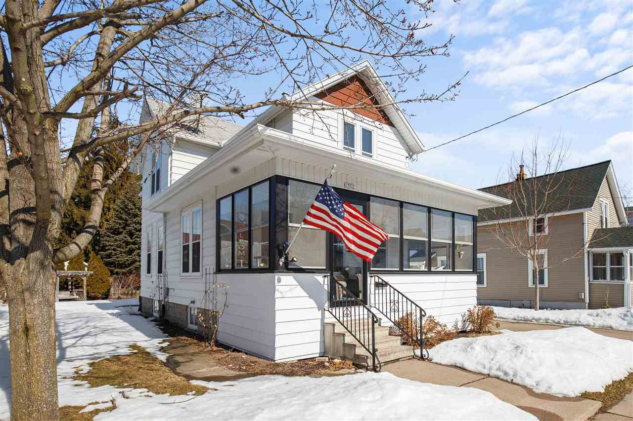 1352 LAMAR Avenue, Oshkosh, WI 54902 - MLS#: 50236052