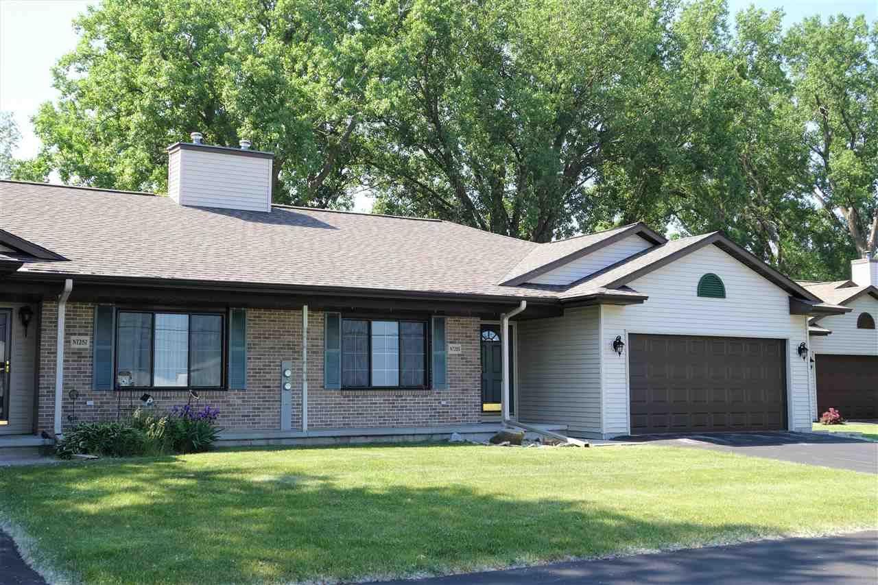 N7285 WINNEBAGO Drive, Fond du Lac, WI 54935 - MLS#: 50242052