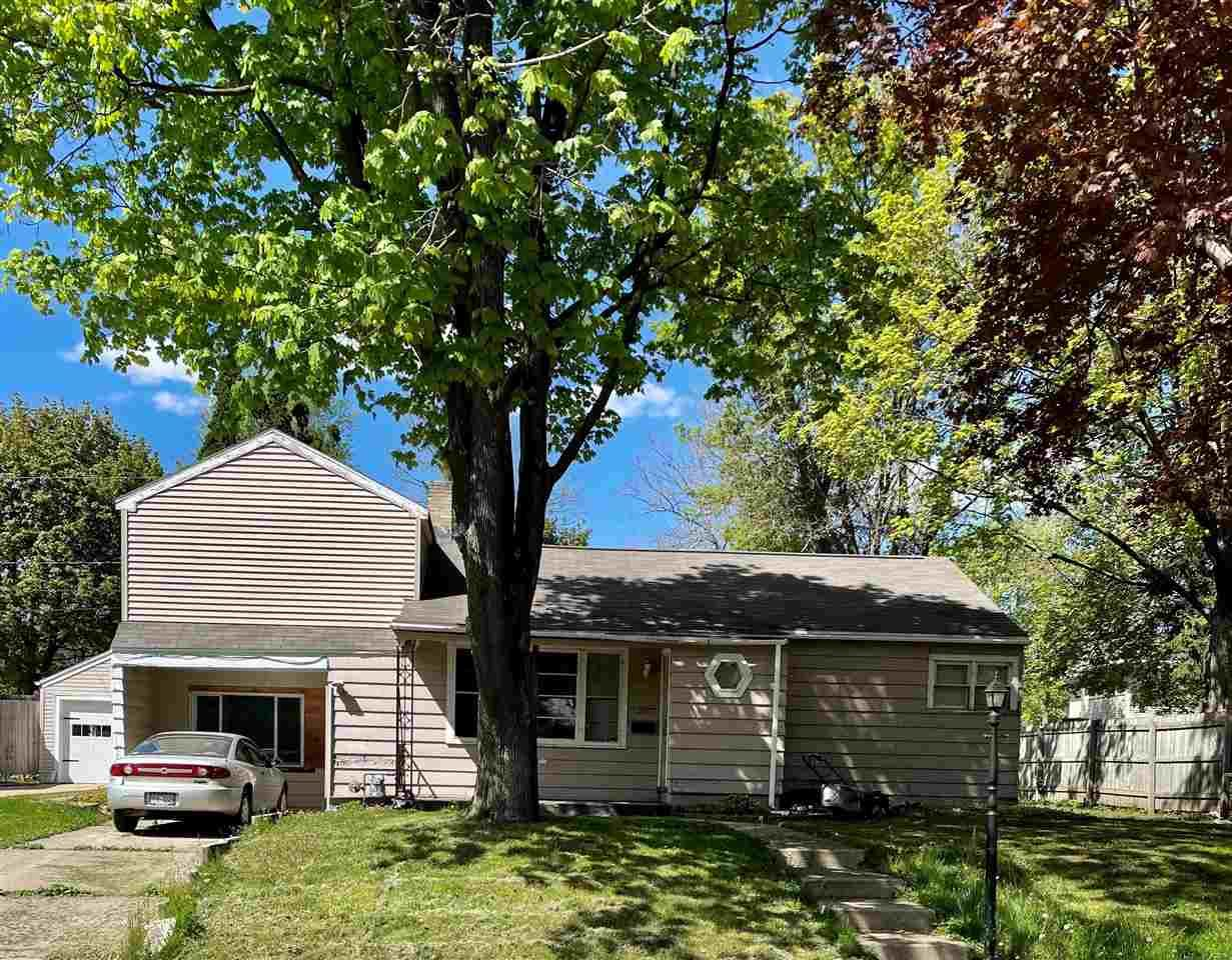 428 CENTER Street, Waupaca, WI 54981 - MLS#: 50240057