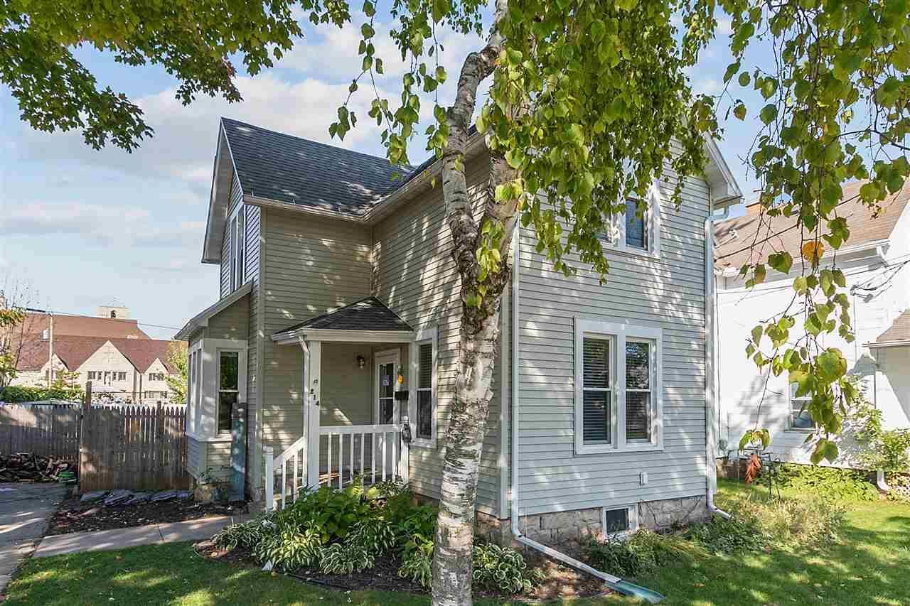 214 E SPRING Street, Appleton, WI 54911 - MLS#: 50230060