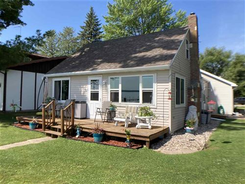 Photo of N6094 WEBERS POINT Court, SHAWANO, WI 54166 (MLS # 50225062)