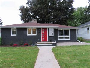 Photo of 1265 HICKORY HILL Drive, GREEN BAY, WI 54304 (MLS # 50212066)