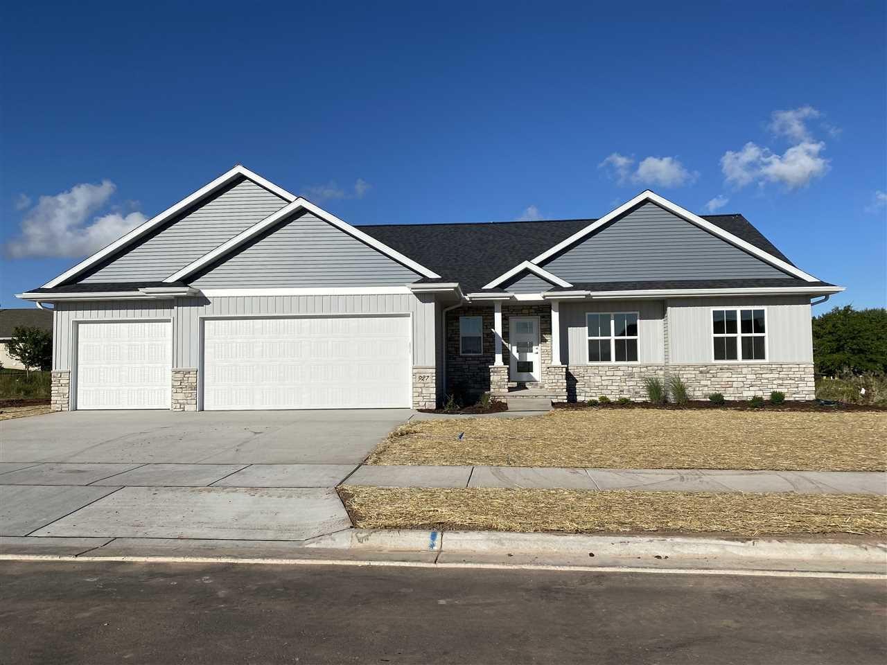 927 MENDOTA Drive, Green Bay, WI 54311 - MLS#: 50225075