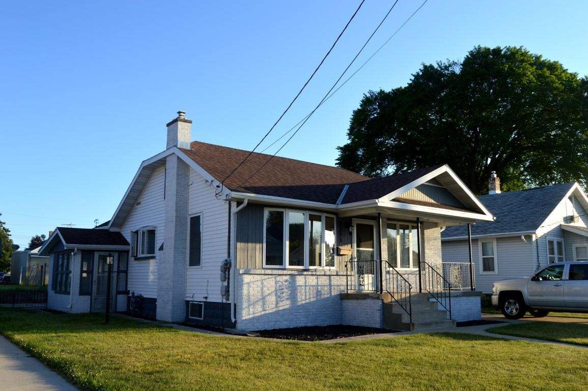 2323 9TH Place, Two Rivers, WI 54241 - MLS#: 50242075