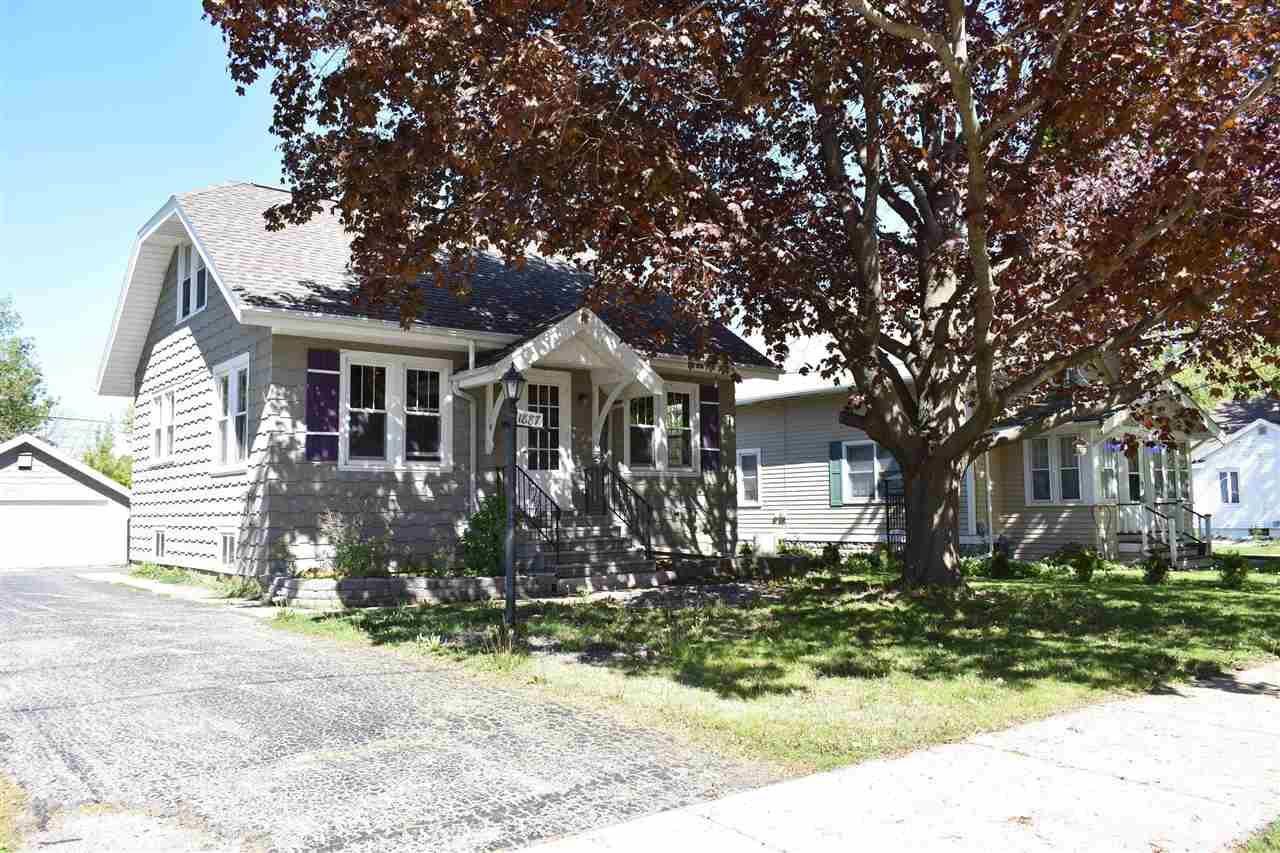 1887 VINLAND Street, Oshkosh, WI 54901 - MLS#: 50240079