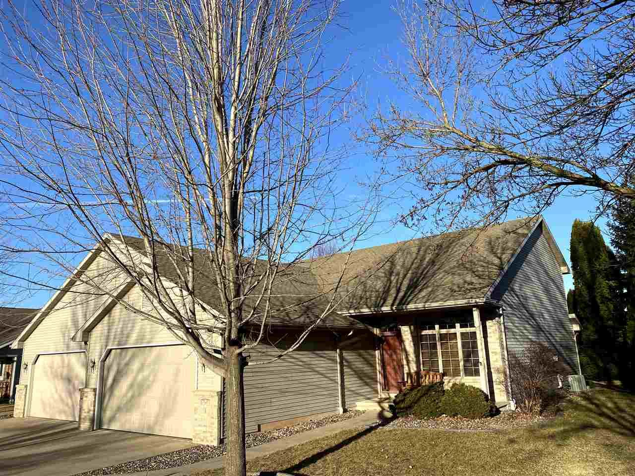 841 HIGHVIEW Lane, Kimberly, WI 54136 - MLS#: 50237082