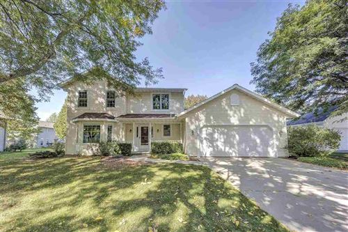 Photo of 2964 SONORAN Trail, GREEN BAY, WI 54313 (MLS # 50230086)