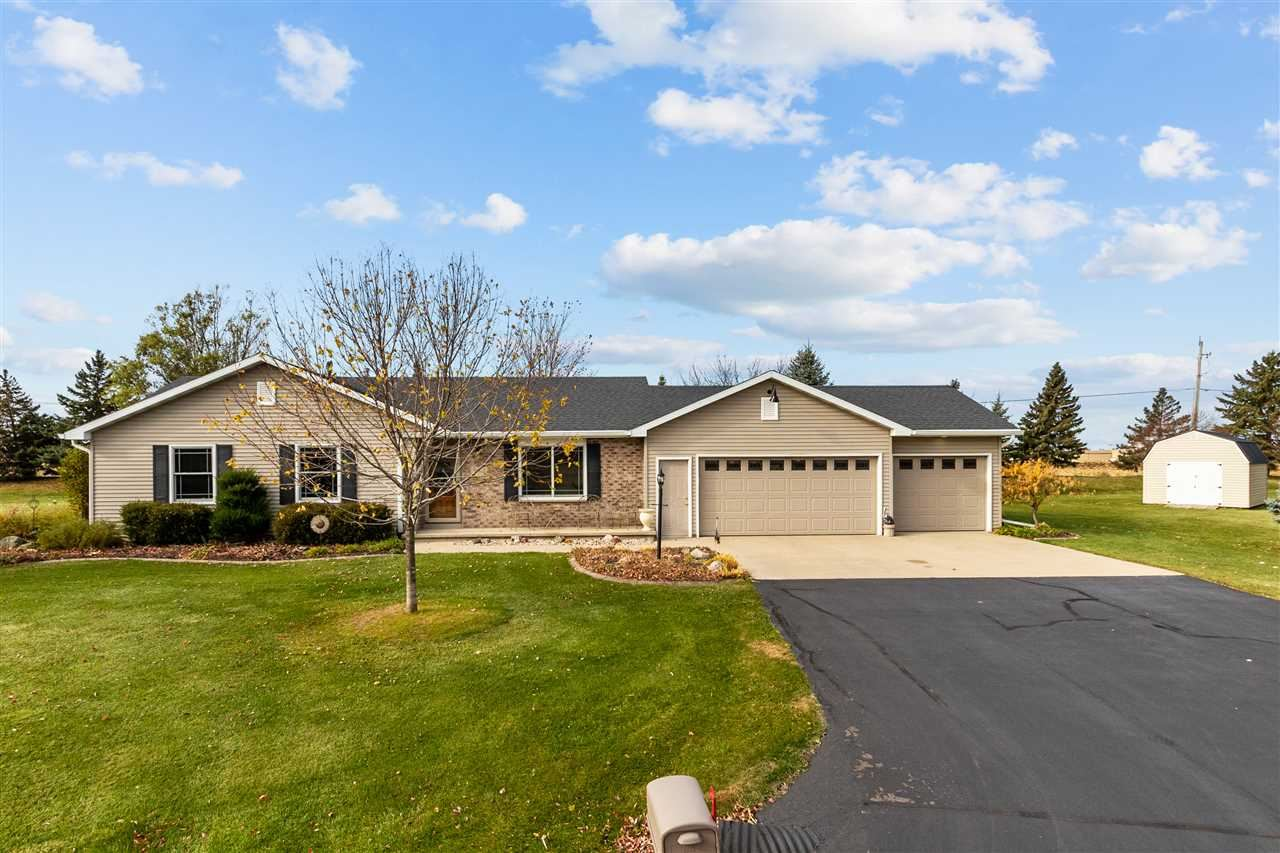 W6092 GOLDEN Court, Appleton, WI 54915 - MLS#: 50232092