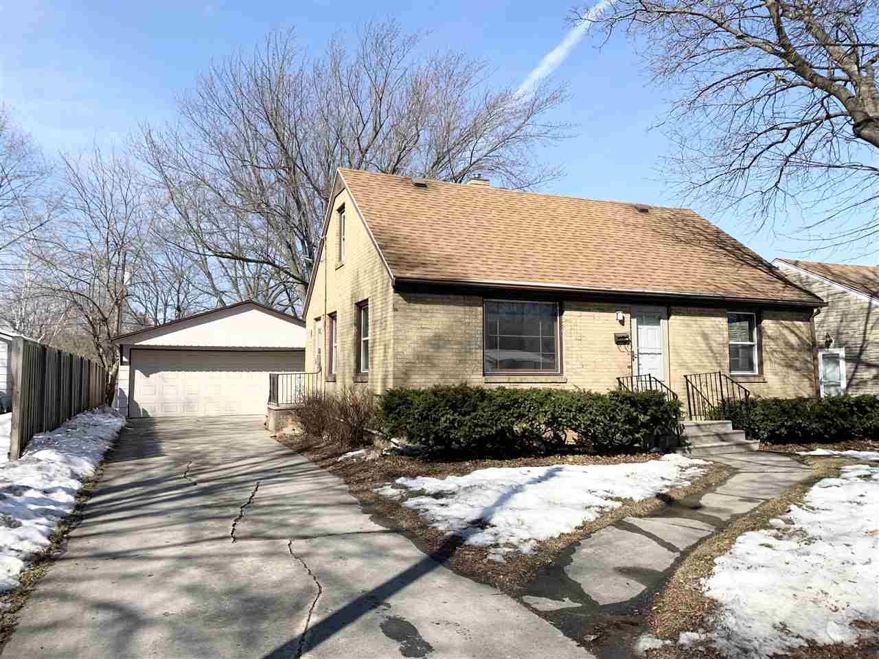 727 COLUMBIA Avenue, Green Bay, WI 54303 - MLS#: 50236094