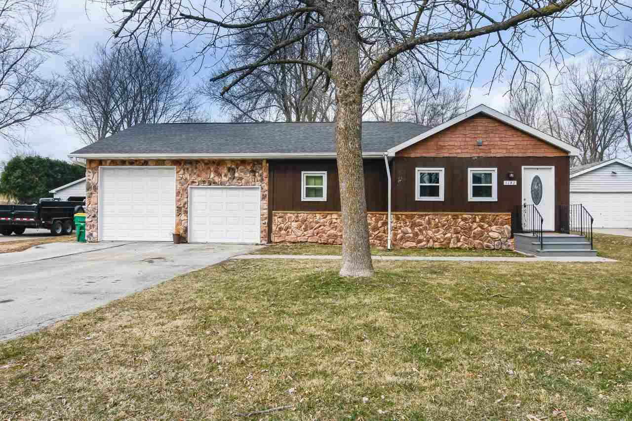 1142 HOBART Drive, Green Bay, WI 54304 - MLS#: 50237094