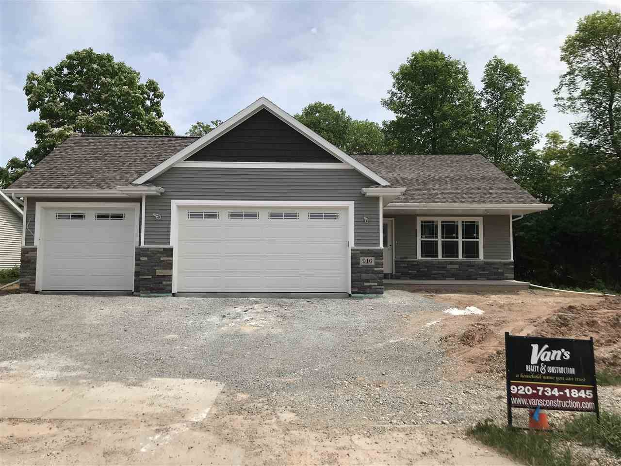 1013 GRASSY MEADOW Lane, Menasha, WI 54952 - MLS#: 50236107