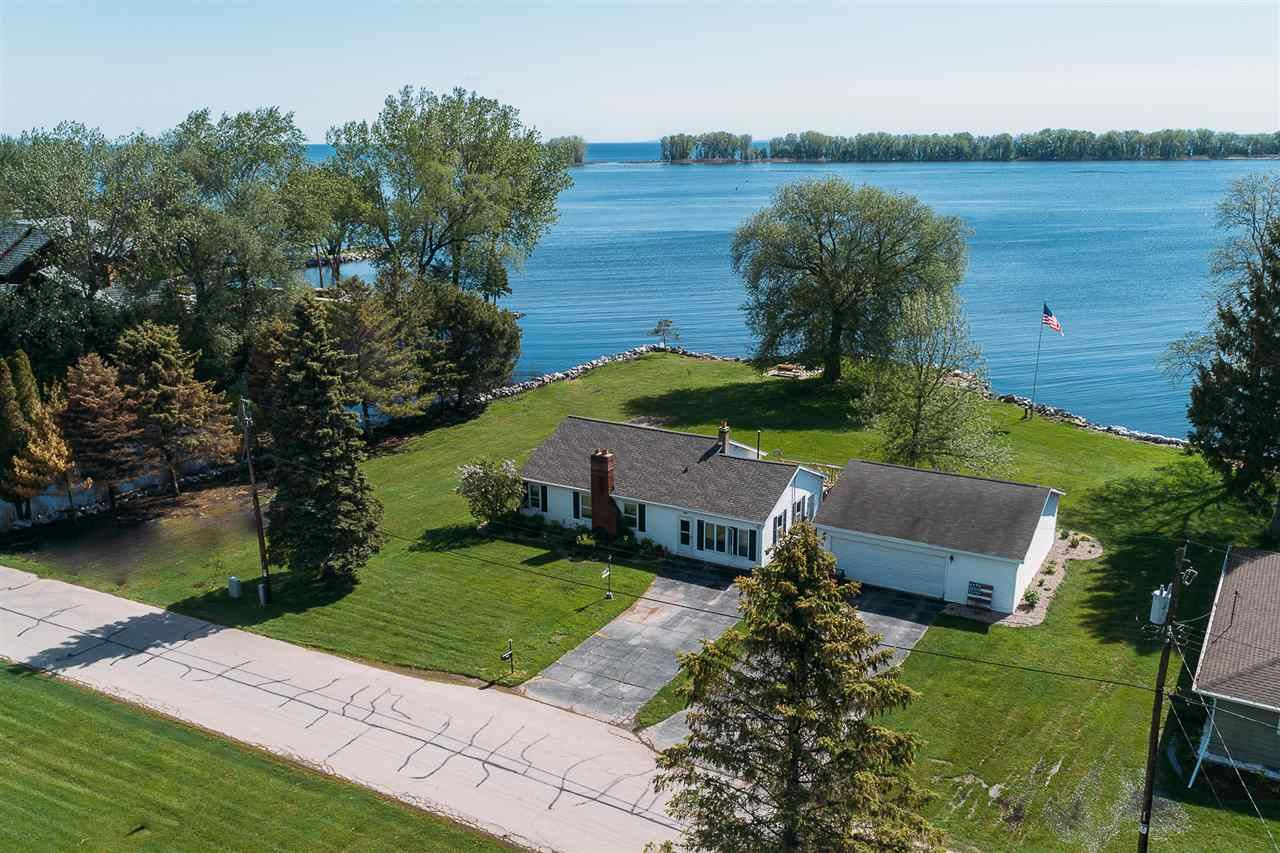 2502 LONGTAIL BEACH Lane, Suamico, WI 54173 - MLS#: 50223108
