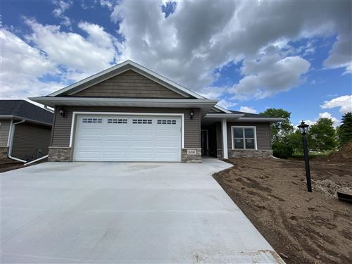 Photo of 5036 N MILKWEED Trail #11, APPLETON, WI 54915 (MLS # 50219109)