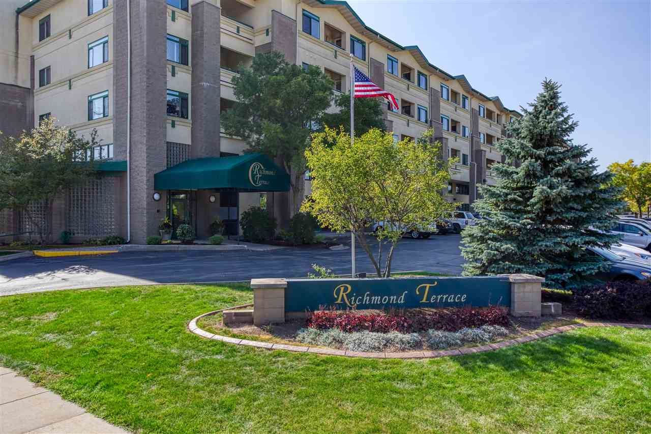 400 N RICHMOND Street #329, Appleton, WI 54911 - MLS#: 50237113