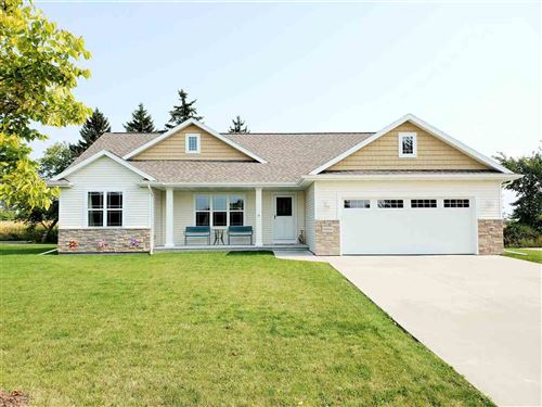 Photo of N2306 HOLY HILL Drive, GREENVILLE, WI 54942 (MLS # 50230121)