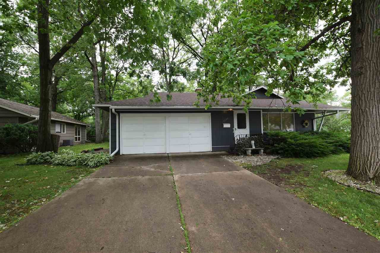 1019 RALEIGH Court, Green Bay, WI 54304 - MLS#: 50243122