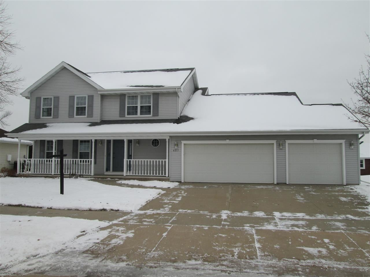 Photo for 4517 N CLAYHILL Drive, APPLETON, WI 54913 (MLS # 50216125)