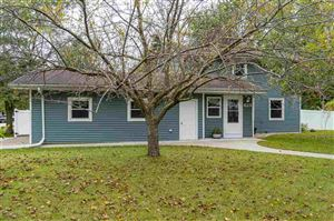 Photo of 423 JERELYN Court, COMBINED LOCKS, WI 54113 (MLS # 50212131)