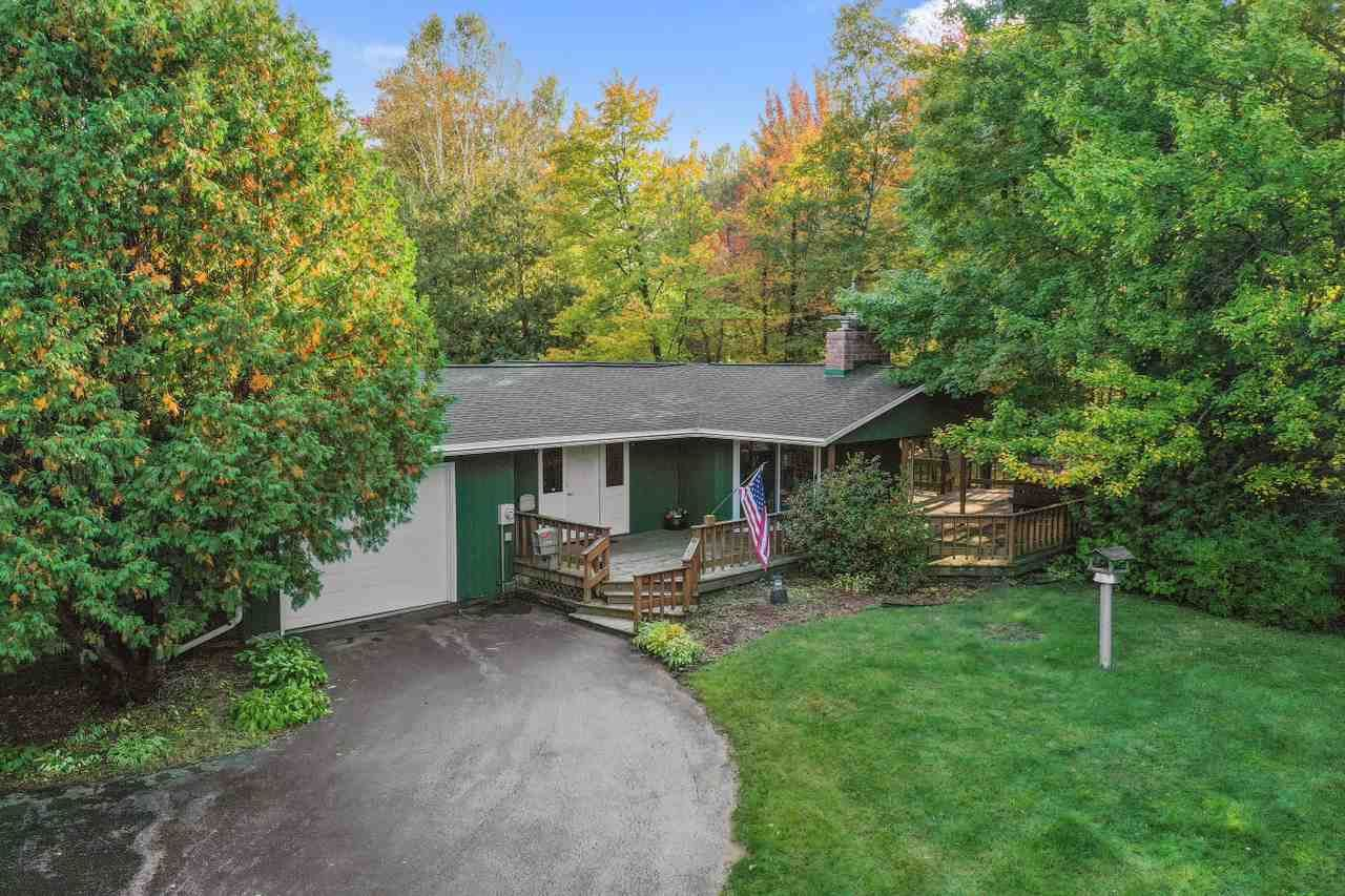 2409 SCHOOL Lane, Suamico, WI 54303 - MLS#: 50230131