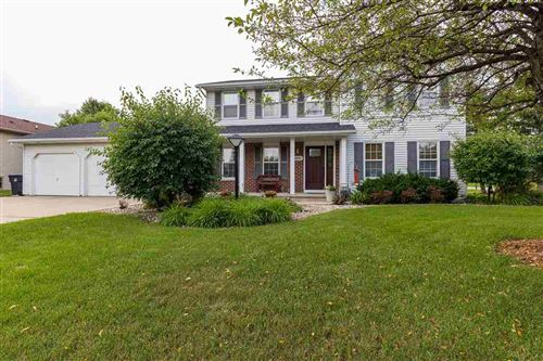 Photo of W6041 CORAL Court, APPLETON, WI 54915 (MLS # 50244136)