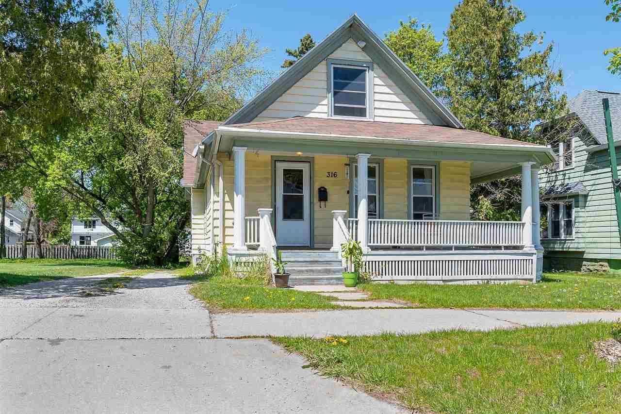 316 S WEBSTER Avenue, Green Bay, WI 54301 - MLS#: 50240139