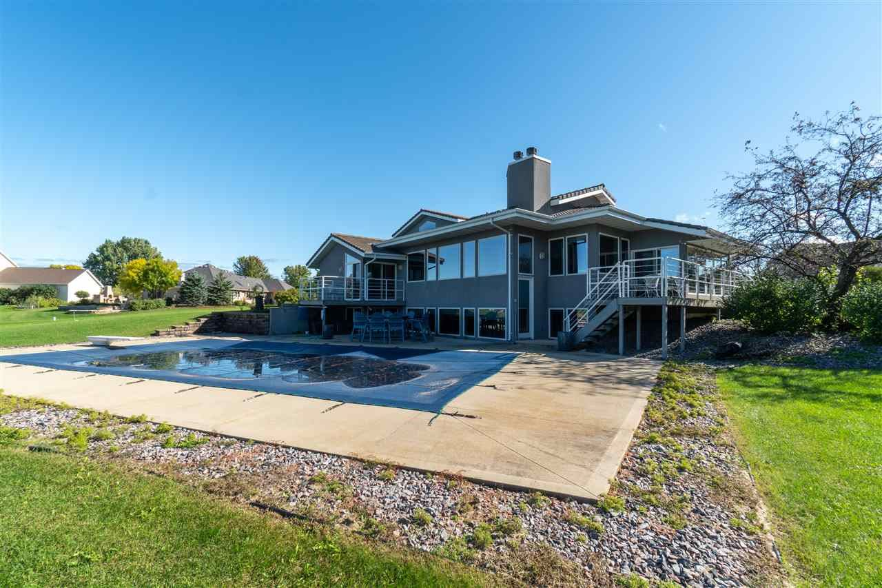 Photo for N7640 LOWER CLIFF Road, SHERWOOD, WI 54169 (MLS # 50212147)