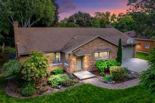 Photo of 913 ERNST Drive, GREEN BAY, WI 54304 (MLS # 50212148)