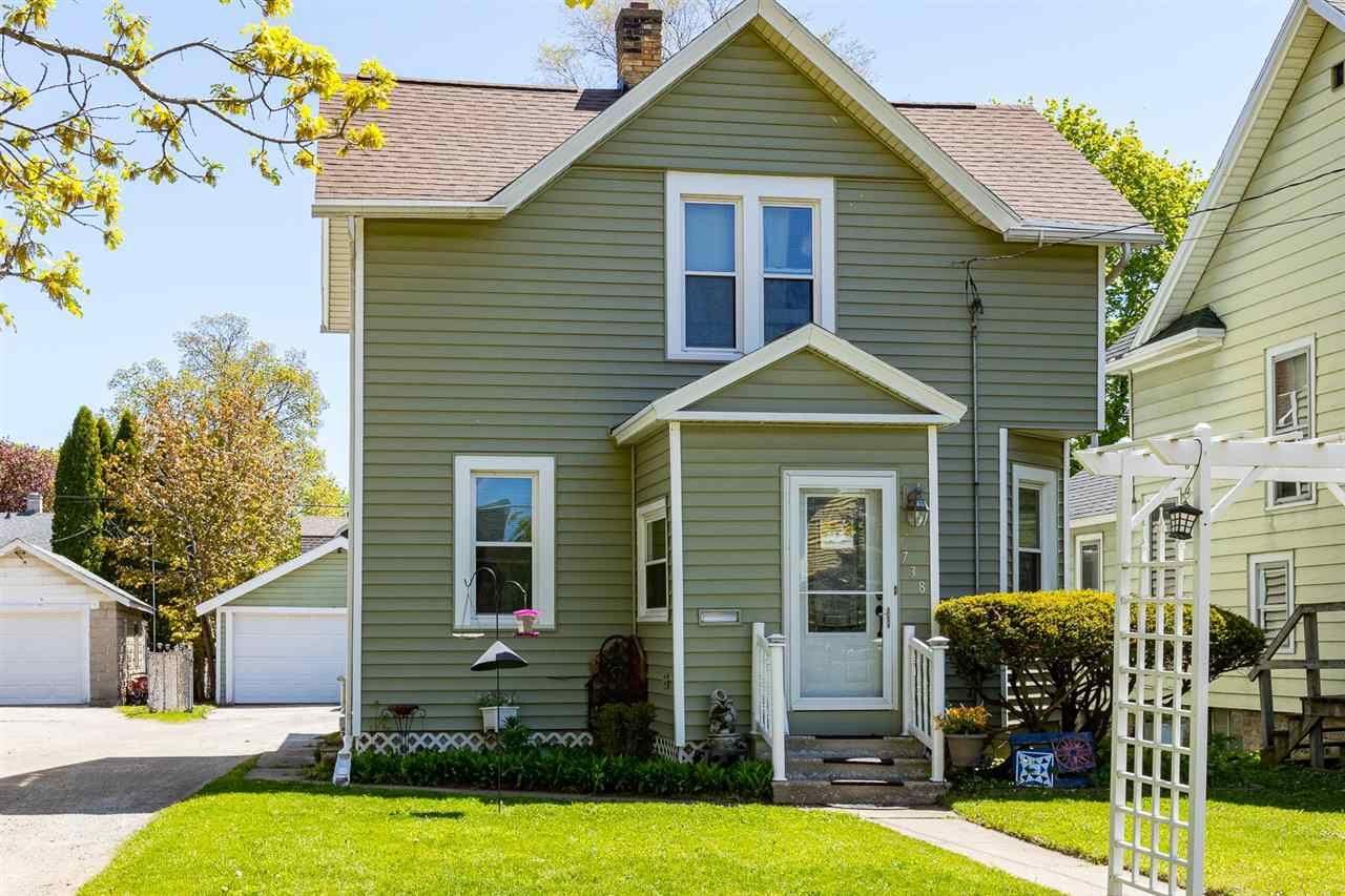 738 BOWEN Street, Oshkosh, WI 54901 - MLS#: 50240155