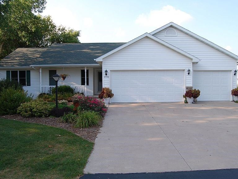 W5792 HEARTHSTONE Drive, Appleton, WI 54915 - MLS#: 50238162