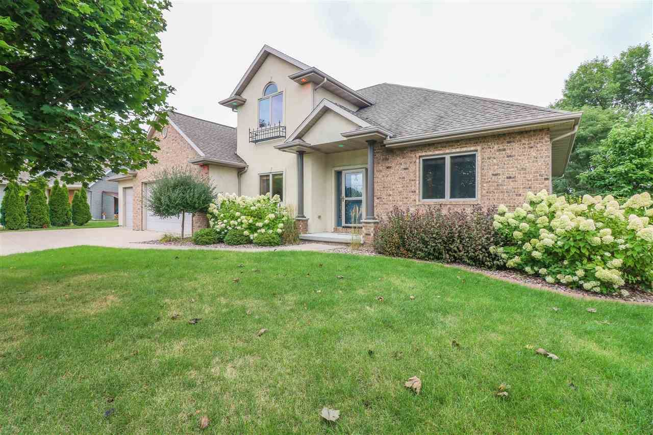 1295 MARTINGALE Lane, Neenah, WI 54956 - MLS#: 50228166