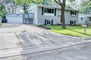 Photo of 2341 BRANTWOOD Drive, NEENAH, WI 54956 (MLS # 50207168)