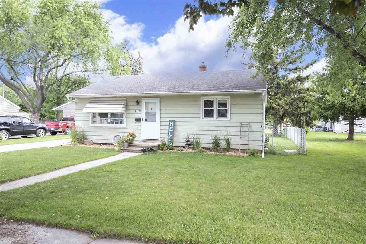 109 STATE Street, Neenah, WI 54956 - MLS#: 50244175