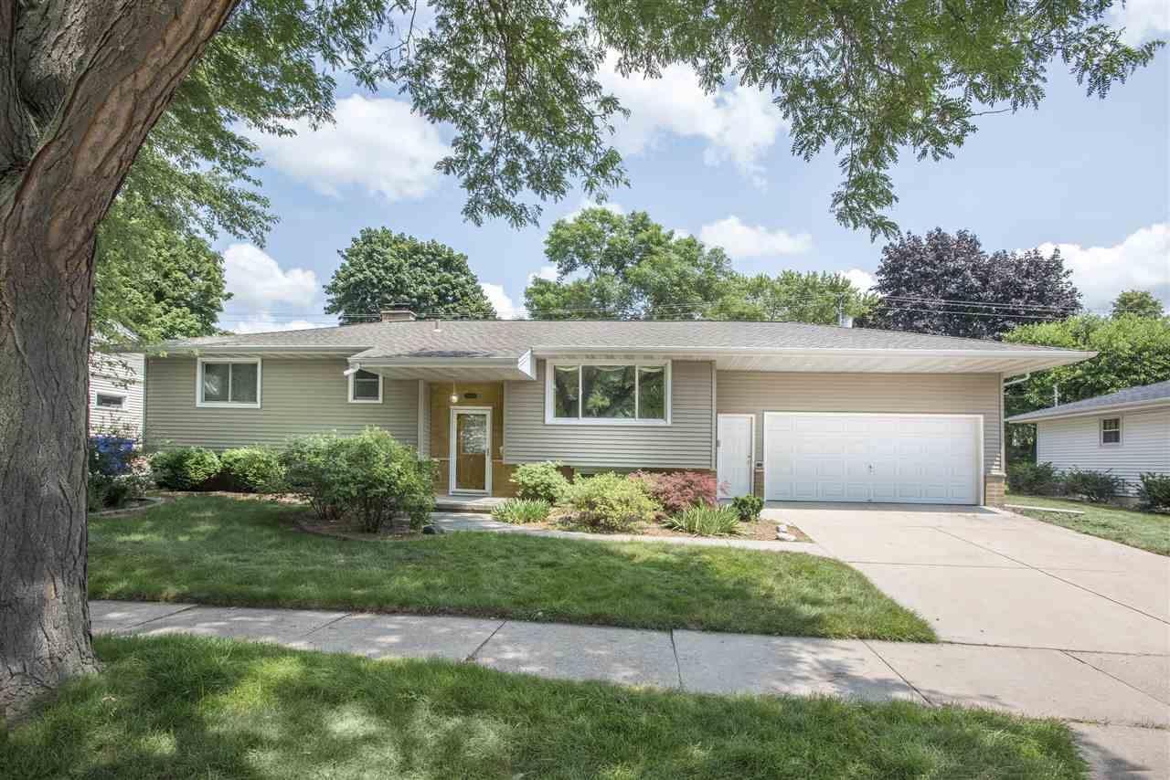 1800 N LINWOOD Avenue, Appleton, WI 54914 - MLS#: 50244185