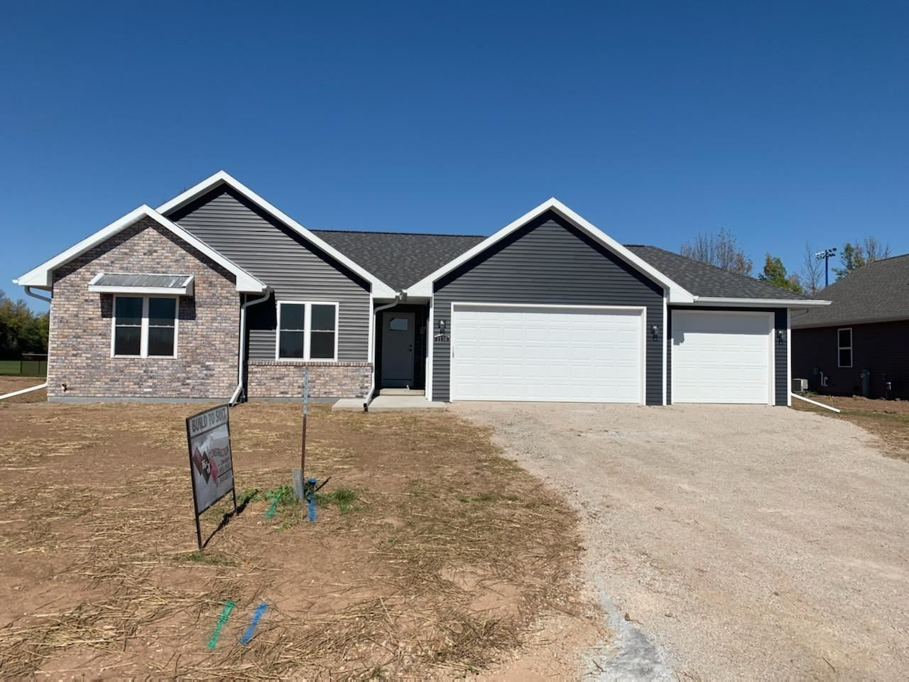 1138 W THORN CREEK Drive, Hilbert, WI 54129 - MLS#: 50237191