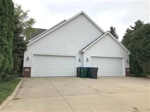 Photo of 2909 W GLENPARK Drive, APPLETON, WI 54914 (MLS # 50201198)