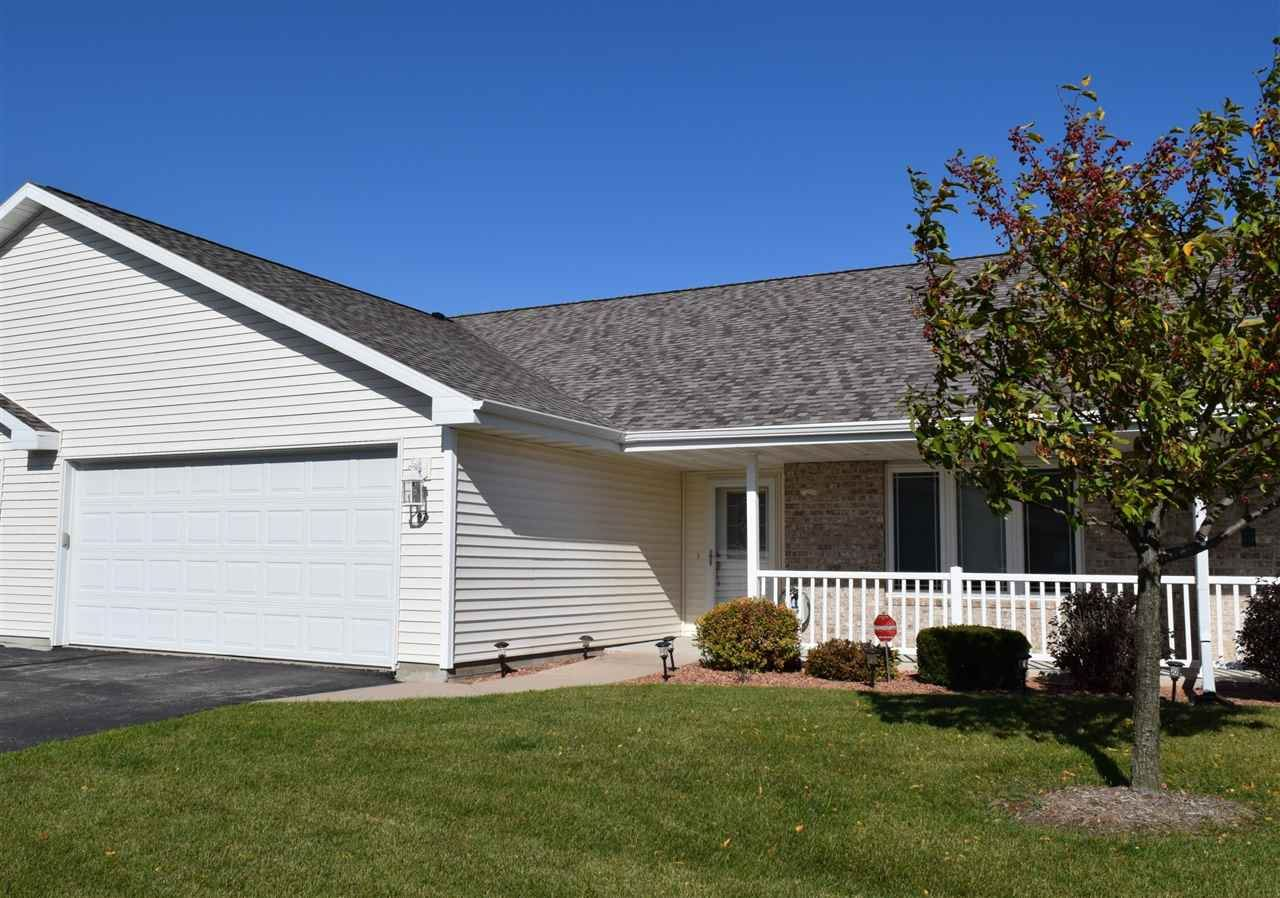 97 QUEENS Way, Fond du Lac, WI 54935 - MLS#: 50231199