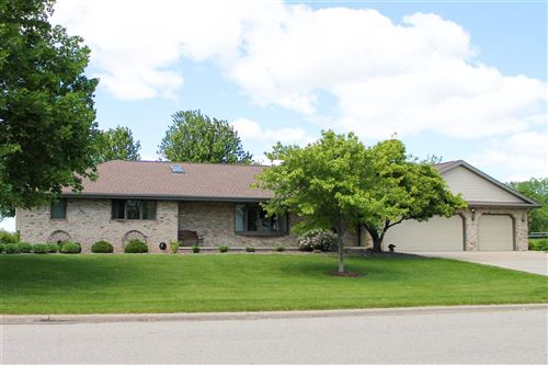 Photo of N4277 OAK Lane, FREEDOM, WI 54130 (MLS # 50206209)